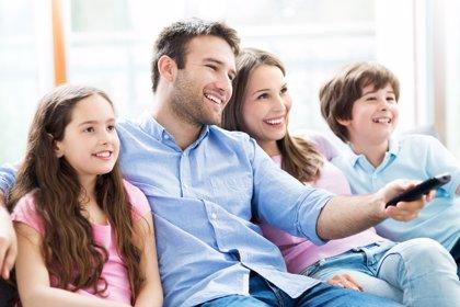 Medios de comunicación: cómo educar en contenidos frente a las pantallas