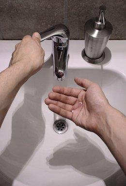Grifo, agua, lavarse las manos
