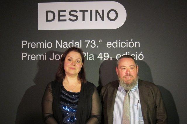 ?Pie: Care Santos (Premi Nadal) Y Xavier Theros (Premi Josep Pla)