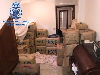 Intervenidos 3.000 kilos de hachís y detenidos cuatro presuntos narcotraficantes en La Línea