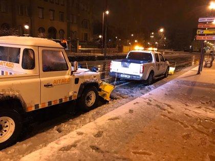 El Ayuntamiento de Logroño mantiene activo el dispositivo para hacer frente a las nevadas y heladas