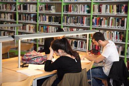 Dos bibliotecas, una en Fuencarral y otra en Villaverde, abrirán las 24 horas del día para preparar los exámenes