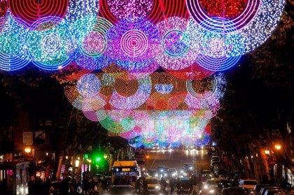 """Las ONG hacen su 'agosto' en Navidad con regalos solidarios y donaciones, pero aspiran al """"compromiso"""" de los donantes"""