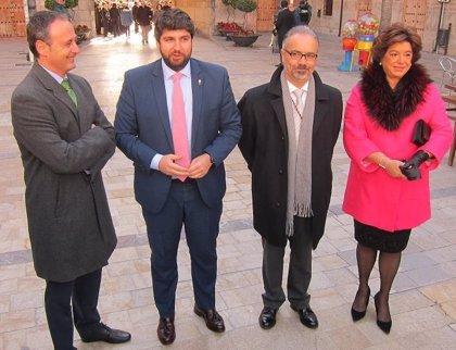 """López Miras se muestra """"orgulloso"""" del Jubileo de Caravaca como """"acontecimiento turístico, religioso y cultural"""" de 2017"""