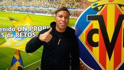 El Villarreal suple a Bakambu con la cesión del colombiano Roger Martínez