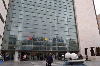 Obras por 90.000 € en la Ciudad de la Justicia de València para instalar un tabique móvil y puertas giratorias