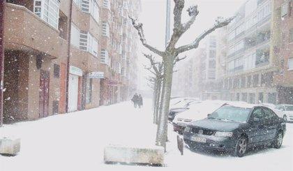 Copiosas nevadas y temperaturas mínimas de hasta -8º hasta el mediodía del lunes en CyL