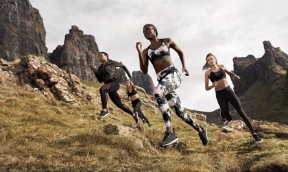 H&M lanza una colección de ropa deportiva fabricada con materiales sostenibles