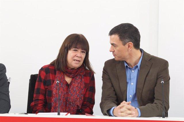 Pedro Sánchez y Micaela Navarro en la reunión de la Ejecutiva Federal del PSOE