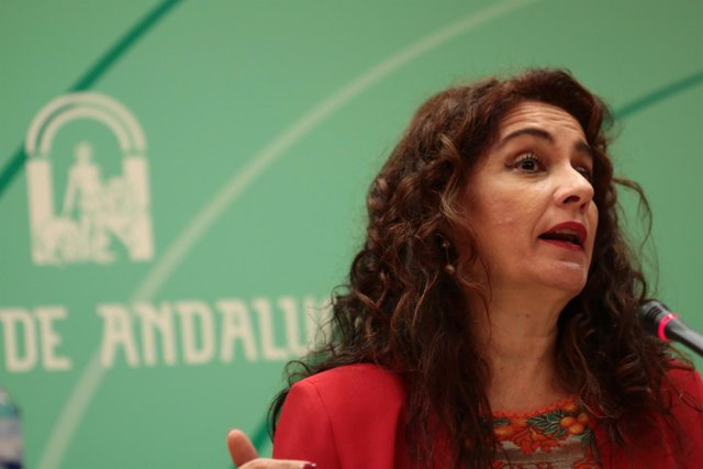 La consejera de Hacienda y Administración Pública, María Jesús Montero