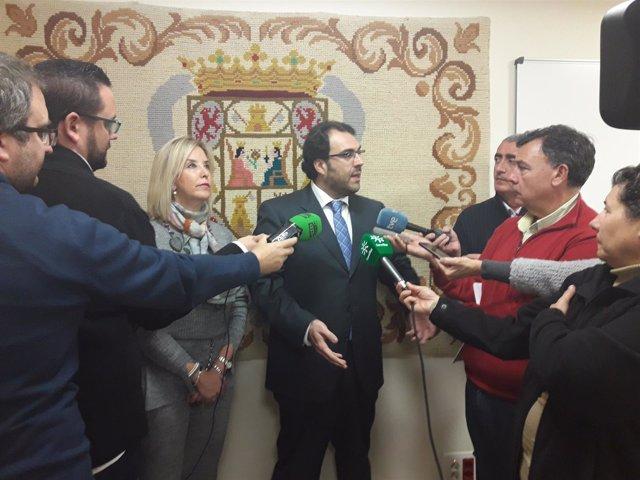 La fiscal superior de Andalucía, Ana Tárrago, atiende a los medios