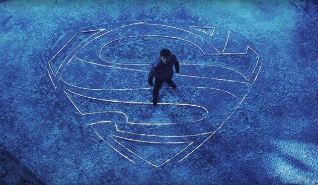 Cameron Cuffe en 'Krypton'