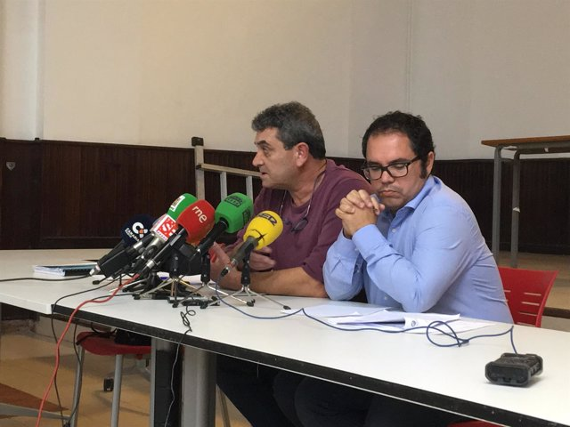 Inocencio González (CCOO) y Gustavo Santana (UGT)