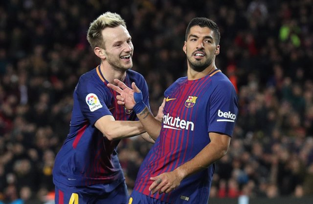 Rakitic y Luis Suárez