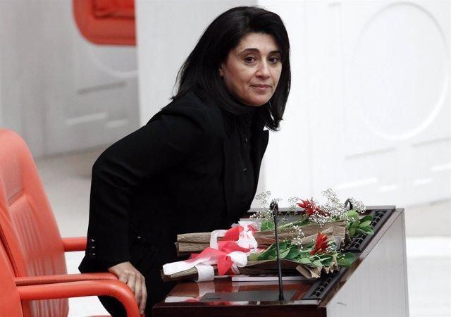 La diputada del prokurdo HDP Leila Zan en el Parlamento.