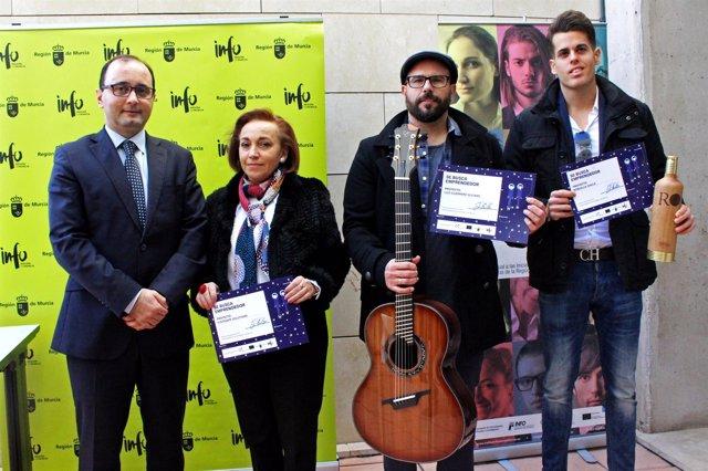 Foto/ Emprendedores Premiados Por El Info En El Cuatro Tri Mestre Del Pasado Año