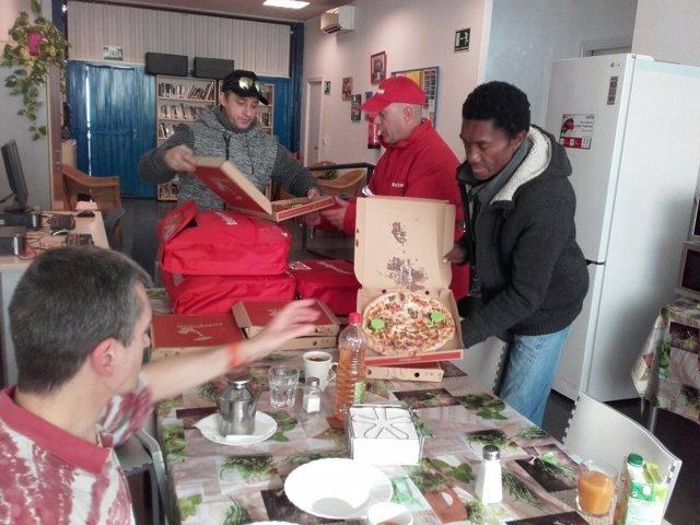 Oleada de donaciones de pizza