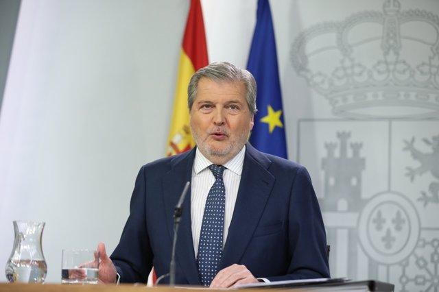 Méndez de Vigo en la rueda de prensa posterior al Consejo de Ministros