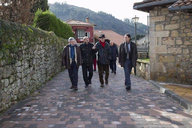 El consejero inaugura varias actuaciones en San Felices