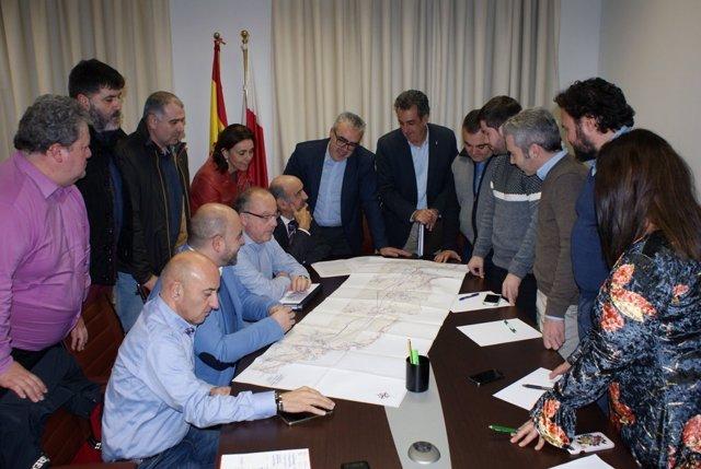 Reunión en el PRC sobre la conexión ferroviaria Santander-Bilbao