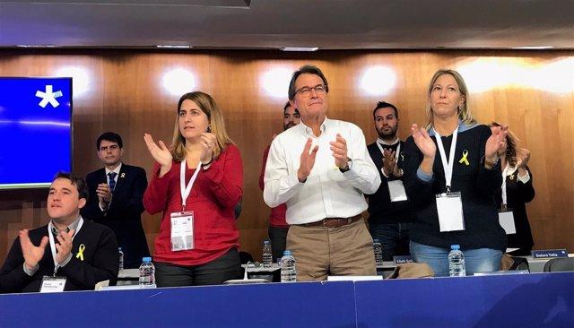 Marta Pascal, Artur Mas y Neus Munté en el Consell Nacional del PDeCAT