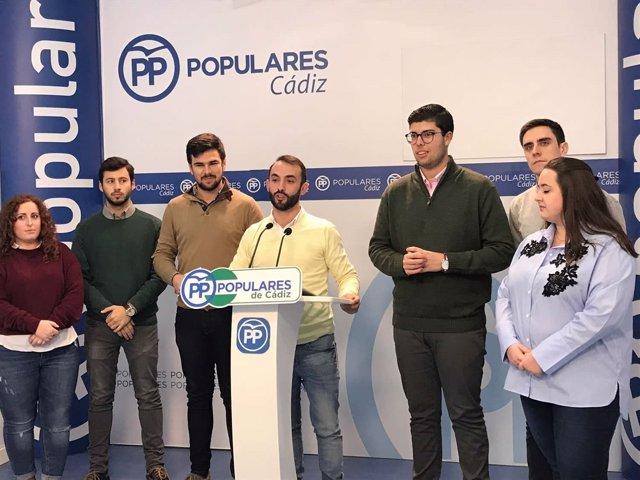 Rueda de prensa de NNGG en Cádiz
