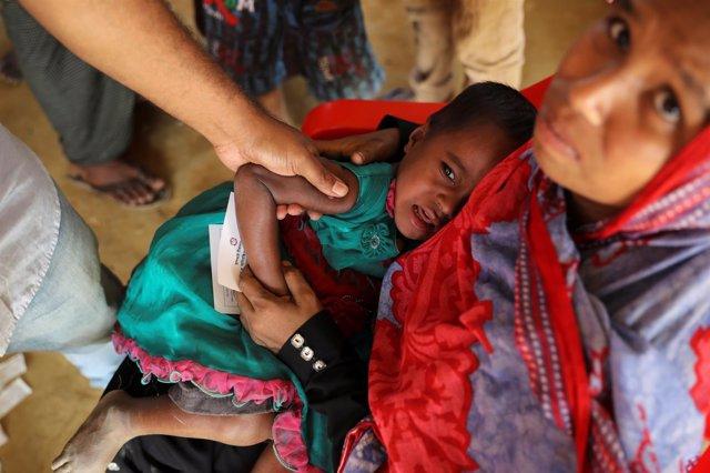 Campaña de vacunación a niños rohingya