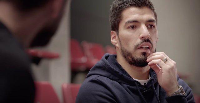 Piqué entrevista a Luis Suárez en The Players Tribune