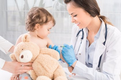 Vacunas: así es el nuevo calendario de la AEP