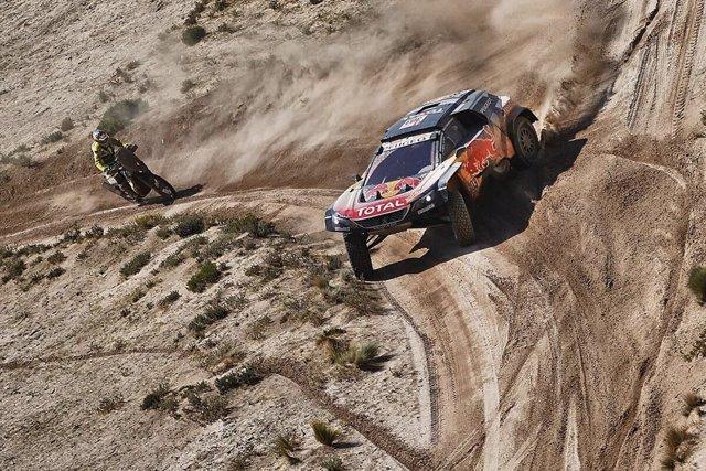 El piloto Español Carlos Sainz (Peugeot)
