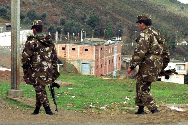 Soldados argelinos