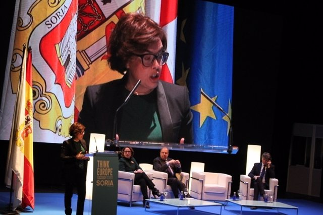 La vicepresidenta en Soria inaugura 'Think Europe'