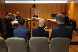 Suspès el judici pels aldarulls de Lloret de Mar del 2011 perquè només es presenten dos dels 20 acusats (ACN)