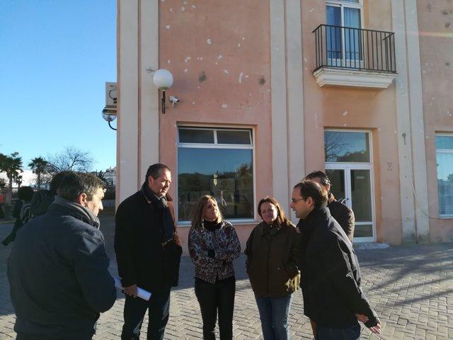 Visita de la presidenta de Diputación a La Dehesilla