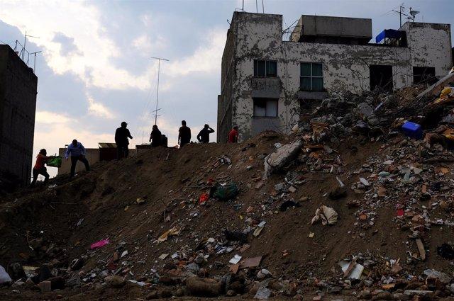 Edificio derrumbado por el terremoto en Ciudad de México