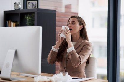 Si vas a estornudar, no te tapes la nariz ni cierres la boca