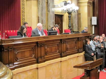 """Maragall abre el pleno reivindicando el 1-O y acusa al Gobierno de """"humillar"""" a Catalunya"""