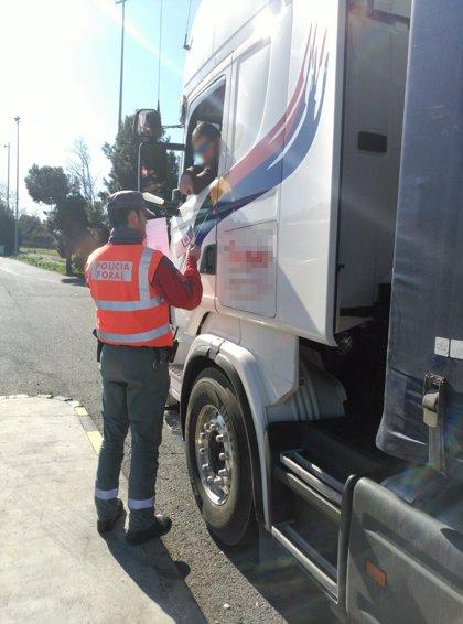 Denunciado en Imarcoain un camionero por conducir 18 horas en un día