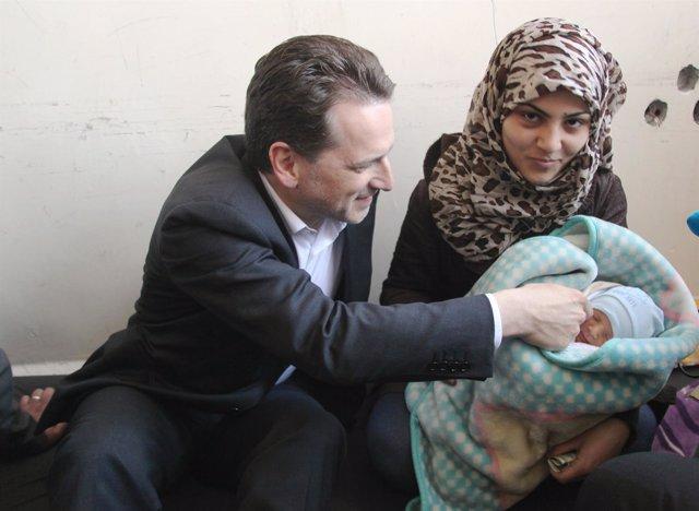 Yihad, una niña nacida en marzo en Yarmuk