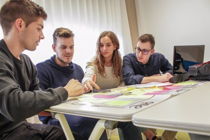 Más de 1.200 jóvenes emprendedores desarrollarán cerca de 900 proyectos gracias al programa Explorer de Banco Santander