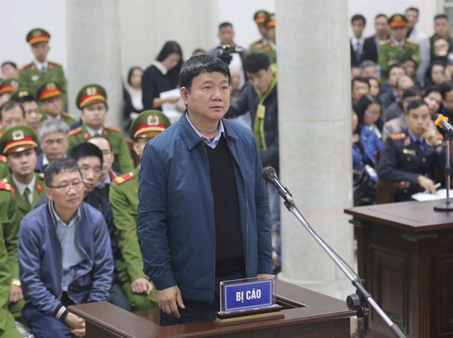 Dinh La Thang, exdirectivo de PetroVietnam, en un proceso de corrupción
