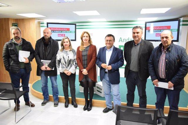 Reunion sobre robos en el campo Hereida y Antonia Garrido