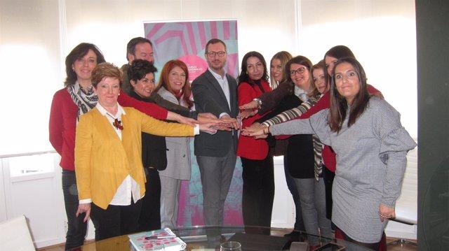 Javier Maroto con dirigentes de PP cordobés y Foro de Empresarias y Profesionale