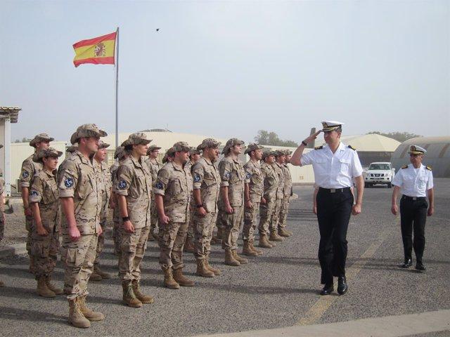 Felipe De Borbón Visita A Las Tropas Españolas En La Operación Atalanta