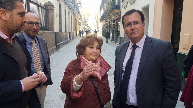 Visita a la calle Cardenal Spínola