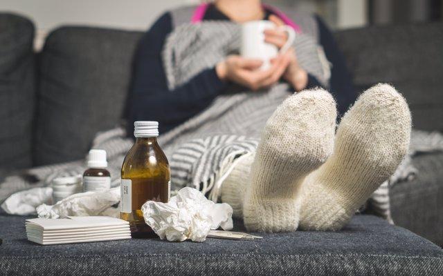 Resfriado, gripe, medicamentos, enfermo