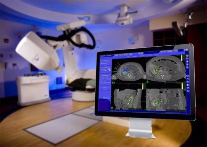 La radiocirugía puede controlar metástasis cerebrales menores a 3 cm sin hospitalizar al paciente