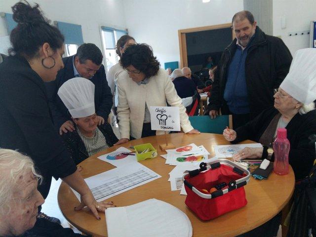 Broto ha visitado la residencia y centro de día del IASS en Alagón.
