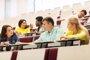 La tasa de empleo de los titulados universitarios en España alcanza el 80% en 2016, cuatro puntos menos que en 2007