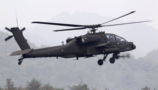 Helicóptero militar estadounidense AH-64 Apache